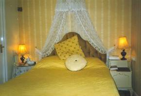Bedroom in the Lion Hotel